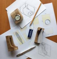 Curti Design créateur d'objets publicitaires à Paris lance sa nouvelle gamme bois